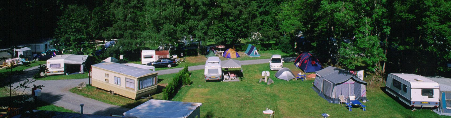 caravane camping oree des monts hautes pyrenees