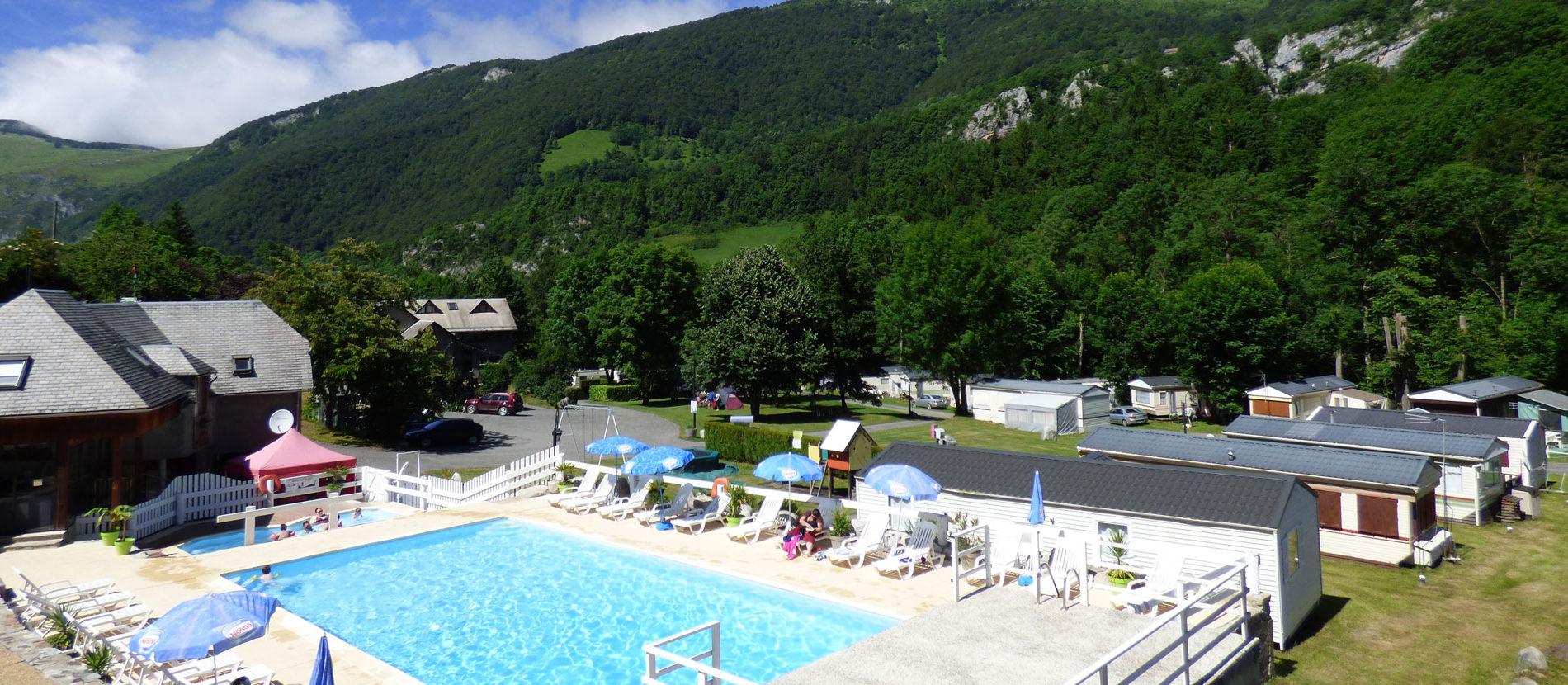 Camping hautes pyr n es proche de bagn res de bigorre for Camping haute pyrenees avec piscine